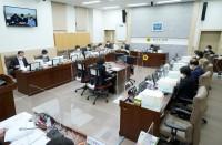 201125 교육행정위원회, 21년도 경기교육 예산 심의 돌입 (1).JPG